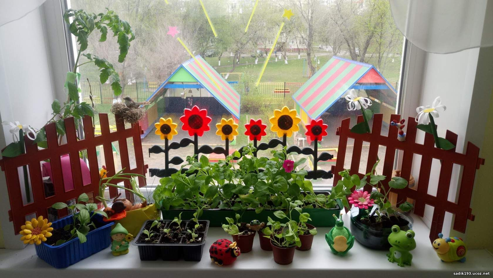 Оформление огорода фото с поделками